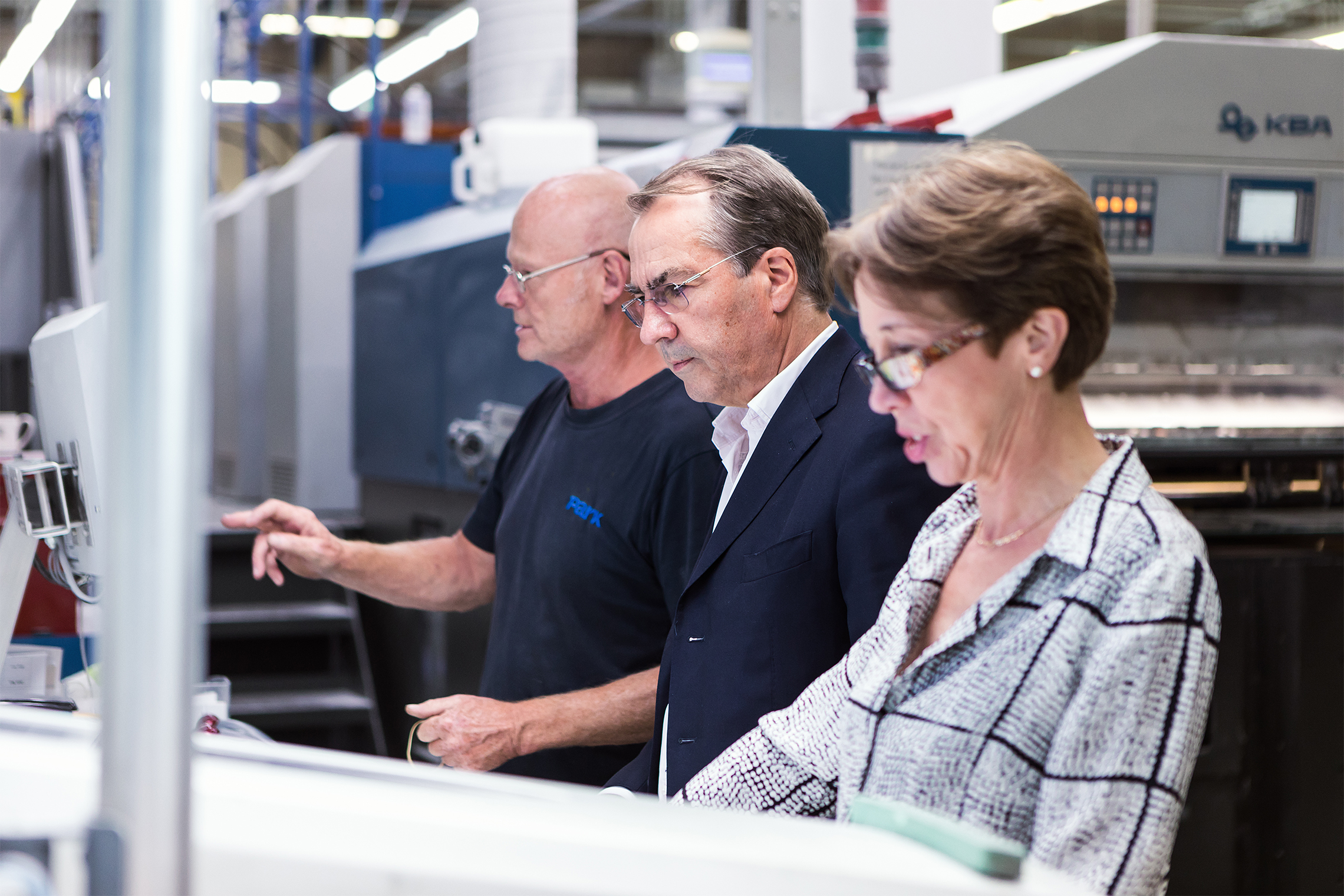 press passing a print production